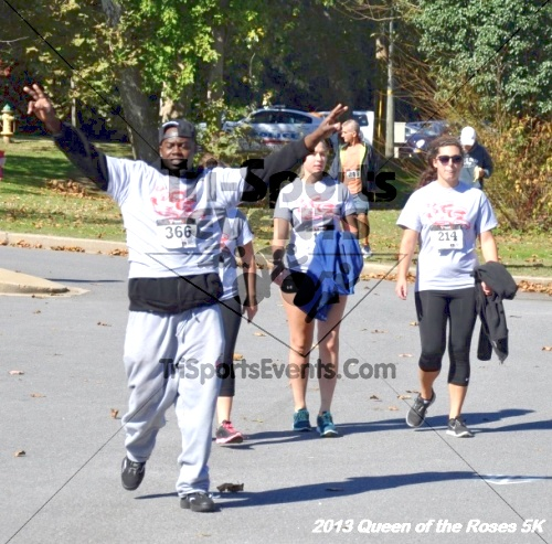 Queen of the Roses 5K<br><br><br><br><a href='https://www.trisportsevents.com/pics/13_Queen_of_the_Roses_5K_146.JPG' download='13_Queen_of_the_Roses_5K_146.JPG'>Click here to download.</a><Br><a href='http://www.facebook.com/sharer.php?u=http:%2F%2Fwww.trisportsevents.com%2Fpics%2F13_Queen_of_the_Roses_5K_146.JPG&t=Queen of the Roses 5K' target='_blank'><img src='images/fb_share.png' width='100'></a>