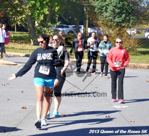 Queen of the Roses 5K<br><br><br><br><a href='https://www.trisportsevents.com/pics/13_Queen_of_the_Roses_5K_155.JPG' download='13_Queen_of_the_Roses_5K_155.JPG'>Click here to download.</a><Br><a href='http://www.facebook.com/sharer.php?u=http:%2F%2Fwww.trisportsevents.com%2Fpics%2F13_Queen_of_the_Roses_5K_155.JPG&t=Queen of the Roses 5K' target='_blank'><img src='images/fb_share.png' width='100'></a>
