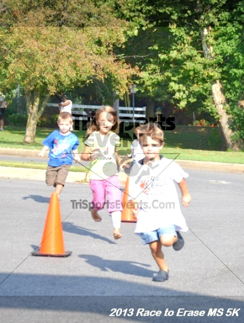 Race to Erase MS 5K<br><br><br><br><a href='https://www.trisportsevents.com/pics/13_Race_to_Erase_MS_5K_004.JPG' download='13_Race_to_Erase_MS_5K_004.JPG'>Click here to download.</a><Br><a href='http://www.facebook.com/sharer.php?u=http:%2F%2Fwww.trisportsevents.com%2Fpics%2F13_Race_to_Erase_MS_5K_004.JPG&t=Race to Erase MS 5K' target='_blank'><img src='images/fb_share.png' width='100'></a>