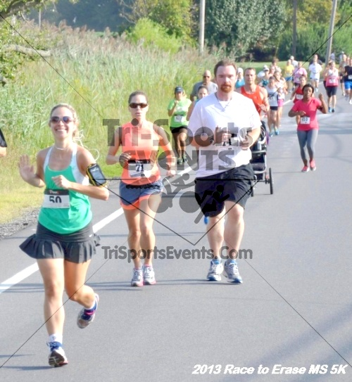 Race to Erase MS 5K<br><br><br><br><a href='http://www.trisportsevents.com/pics/13_Race_to_Erase_MS_5K_025.JPG' download='13_Race_to_Erase_MS_5K_025.JPG'>Click here to download.</a><Br><a href='http://www.facebook.com/sharer.php?u=http:%2F%2Fwww.trisportsevents.com%2Fpics%2F13_Race_to_Erase_MS_5K_025.JPG&t=Race to Erase MS 5K' target='_blank'><img src='images/fb_share.png' width='100'></a>
