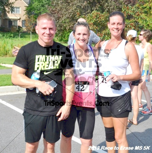 Race to Erase MS 5K<br><br><br><br><a href='http://www.trisportsevents.com/pics/13_Race_to_Erase_MS_5K_115.JPG' download='13_Race_to_Erase_MS_5K_115.JPG'>Click here to download.</a><Br><a href='http://www.facebook.com/sharer.php?u=http:%2F%2Fwww.trisportsevents.com%2Fpics%2F13_Race_to_Erase_MS_5K_115.JPG&t=Race to Erase MS 5K' target='_blank'><img src='images/fb_share.png' width='100'></a>