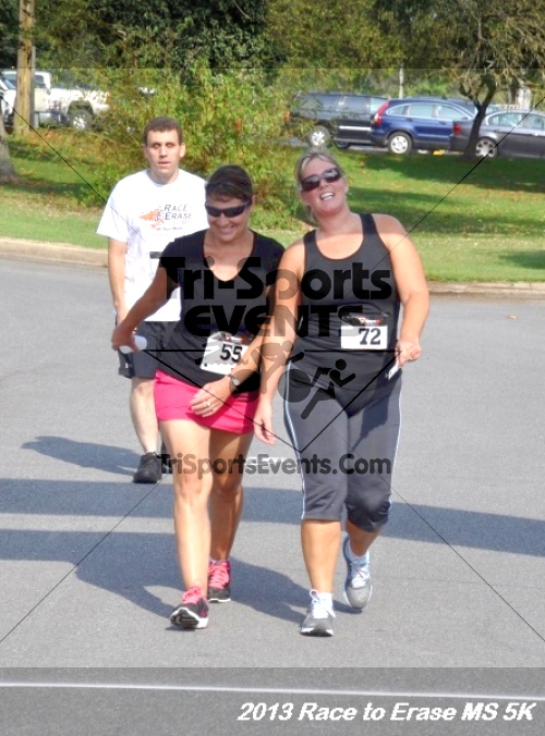 Race to Erase MS 5K<br><br><br><br><a href='https://www.trisportsevents.com/pics/13_Race_to_Erase_MS_5K_145.JPG' download='13_Race_to_Erase_MS_5K_145.JPG'>Click here to download.</a><Br><a href='http://www.facebook.com/sharer.php?u=http:%2F%2Fwww.trisportsevents.com%2Fpics%2F13_Race_to_Erase_MS_5K_145.JPG&t=Race to Erase MS 5K' target='_blank'><img src='images/fb_share.png' width='100'></a>