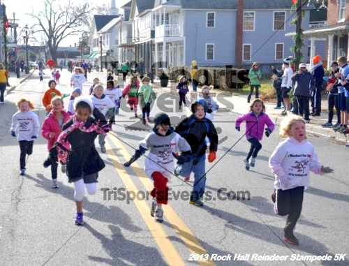 Rock Hall Reindeer Stampede 5K<br><br><br><br><a href='http://www.trisportsevents.com/pics/13_Rock_Hall_Stampede_012.JPG' download='13_Rock_Hall_Stampede_012.JPG'>Click here to download.</a><Br><a href='http://www.facebook.com/sharer.php?u=http:%2F%2Fwww.trisportsevents.com%2Fpics%2F13_Rock_Hall_Stampede_012.JPG&t=Rock Hall Reindeer Stampede 5K' target='_blank'><img src='images/fb_share.png' width='100'></a>
