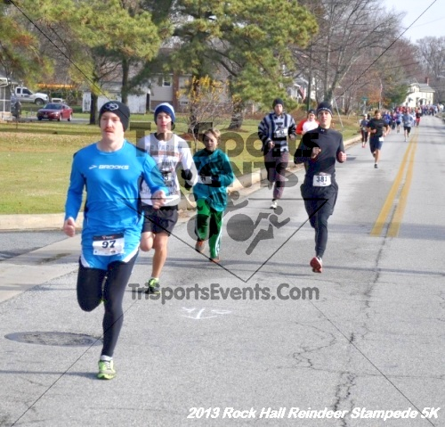 Rock Hall Reindeer Stampede 5K<br><br><br><br><a href='http://www.trisportsevents.com/pics/13_Rock_Hall_Stampede_033.JPG' download='13_Rock_Hall_Stampede_033.JPG'>Click here to download.</a><Br><a href='http://www.facebook.com/sharer.php?u=http:%2F%2Fwww.trisportsevents.com%2Fpics%2F13_Rock_Hall_Stampede_033.JPG&t=Rock Hall Reindeer Stampede 5K' target='_blank'><img src='images/fb_share.png' width='100'></a>