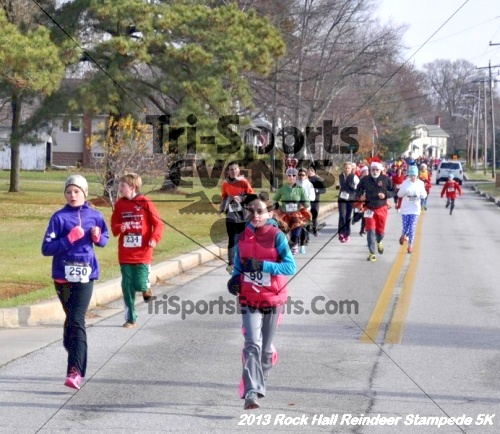 Rock Hall Reindeer Stampede 5K<br><br><br><br><a href='http://www.trisportsevents.com/pics/13_Rock_Hall_Stampede_042.JPG' download='13_Rock_Hall_Stampede_042.JPG'>Click here to download.</a><Br><a href='http://www.facebook.com/sharer.php?u=http:%2F%2Fwww.trisportsevents.com%2Fpics%2F13_Rock_Hall_Stampede_042.JPG&t=Rock Hall Reindeer Stampede 5K' target='_blank'><img src='images/fb_share.png' width='100'></a>
