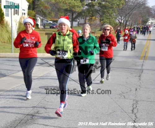 Rock Hall Reindeer Stampede 5K<br><br><br><br><a href='http://www.trisportsevents.com/pics/13_Rock_Hall_Stampede_048.JPG' download='13_Rock_Hall_Stampede_048.JPG'>Click here to download.</a><Br><a href='http://www.facebook.com/sharer.php?u=http:%2F%2Fwww.trisportsevents.com%2Fpics%2F13_Rock_Hall_Stampede_048.JPG&t=Rock Hall Reindeer Stampede 5K' target='_blank'><img src='images/fb_share.png' width='100'></a>