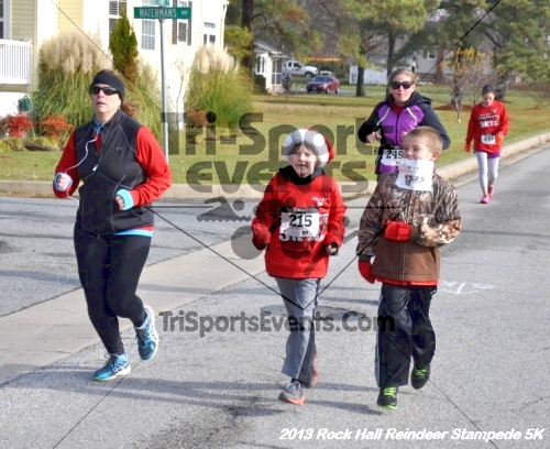 Rock Hall Reindeer Stampede 5K<br><br><br><br><a href='http://www.trisportsevents.com/pics/13_Rock_Hall_Stampede_050.JPG' download='13_Rock_Hall_Stampede_050.JPG'>Click here to download.</a><Br><a href='http://www.facebook.com/sharer.php?u=http:%2F%2Fwww.trisportsevents.com%2Fpics%2F13_Rock_Hall_Stampede_050.JPG&t=Rock Hall Reindeer Stampede 5K' target='_blank'><img src='images/fb_share.png' width='100'></a>