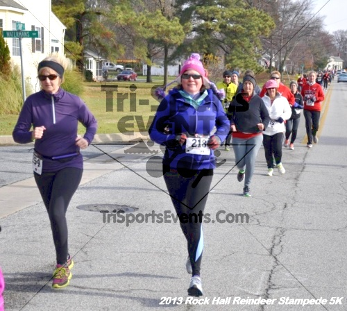 Rock Hall Reindeer Stampede 5K<br><br><br><br><a href='http://www.trisportsevents.com/pics/13_Rock_Hall_Stampede_053.JPG' download='13_Rock_Hall_Stampede_053.JPG'>Click here to download.</a><Br><a href='http://www.facebook.com/sharer.php?u=http:%2F%2Fwww.trisportsevents.com%2Fpics%2F13_Rock_Hall_Stampede_053.JPG&t=Rock Hall Reindeer Stampede 5K' target='_blank'><img src='images/fb_share.png' width='100'></a>