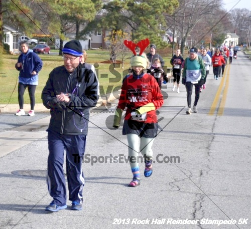 Rock Hall Reindeer Stampede 5K<br><br><br><br><a href='http://www.trisportsevents.com/pics/13_Rock_Hall_Stampede_064.JPG' download='13_Rock_Hall_Stampede_064.JPG'>Click here to download.</a><Br><a href='http://www.facebook.com/sharer.php?u=http:%2F%2Fwww.trisportsevents.com%2Fpics%2F13_Rock_Hall_Stampede_064.JPG&t=Rock Hall Reindeer Stampede 5K' target='_blank'><img src='images/fb_share.png' width='100'></a>