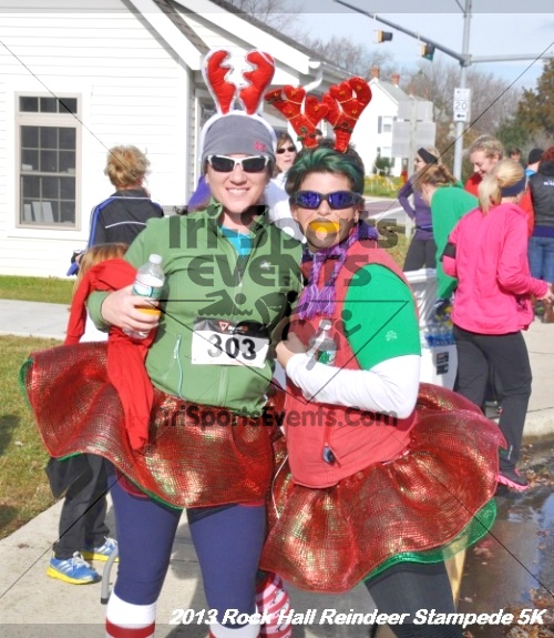 Rock Hall Reindeer Stampede 5K<br><br><br><br><a href='http://www.trisportsevents.com/pics/13_Rock_Hall_Stampede_121.JPG' download='13_Rock_Hall_Stampede_121.JPG'>Click here to download.</a><Br><a href='http://www.facebook.com/sharer.php?u=http:%2F%2Fwww.trisportsevents.com%2Fpics%2F13_Rock_Hall_Stampede_121.JPG&t=Rock Hall Reindeer Stampede 5K' target='_blank'><img src='images/fb_share.png' width='100'></a>