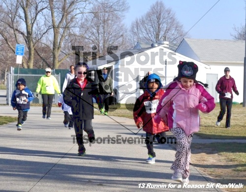 Runnin for a Reason 5K Run/Walk<br><br><br><br><a href='http://www.trisportsevents.com/pics/13_Runnin_for_a_Reason_005.JPG' download='13_Runnin_for_a_Reason_005.JPG'>Click here to download.</a><Br><a href='http://www.facebook.com/sharer.php?u=http:%2F%2Fwww.trisportsevents.com%2Fpics%2F13_Runnin_for_a_Reason_005.JPG&t=Runnin for a Reason 5K Run/Walk' target='_blank'><img src='images/fb_share.png' width='100'></a>