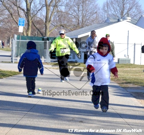 Runnin for a Reason 5K Run/Walk<br><br><br><br><a href='http://www.trisportsevents.com/pics/13_Runnin_for_a_Reason_007.JPG' download='13_Runnin_for_a_Reason_007.JPG'>Click here to download.</a><Br><a href='http://www.facebook.com/sharer.php?u=http:%2F%2Fwww.trisportsevents.com%2Fpics%2F13_Runnin_for_a_Reason_007.JPG&t=Runnin for a Reason 5K Run/Walk' target='_blank'><img src='images/fb_share.png' width='100'></a>