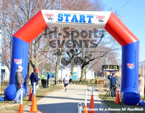 Runnin for a Reason 5K Run/Walk<br><br><br><br><a href='http://www.trisportsevents.com/pics/13_Runnin_for_a_Reason_102.JPG' download='13_Runnin_for_a_Reason_102.JPG'>Click here to download.</a><Br><a href='http://www.facebook.com/sharer.php?u=http:%2F%2Fwww.trisportsevents.com%2Fpics%2F13_Runnin_for_a_Reason_102.JPG&t=Runnin for a Reason 5K Run/Walk' target='_blank'><img src='images/fb_share.png' width='100'></a>