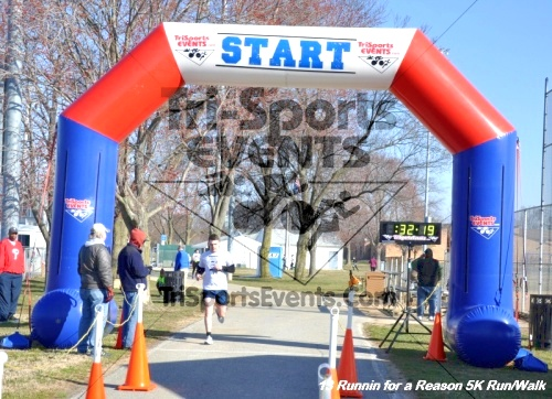 Runnin for a Reason 5K Run/Walk<br><br><br><br><a href='http://www.trisportsevents.com/pics/13_Runnin_for_a_Reason_105.JPG' download='13_Runnin_for_a_Reason_105.JPG'>Click here to download.</a><Br><a href='http://www.facebook.com/sharer.php?u=http:%2F%2Fwww.trisportsevents.com%2Fpics%2F13_Runnin_for_a_Reason_105.JPG&t=Runnin for a Reason 5K Run/Walk' target='_blank'><img src='images/fb_share.png' width='100'></a>