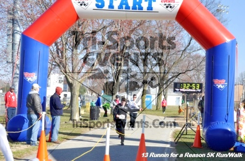 Runnin for a Reason 5K Run/Walk<br><br><br><br><a href='http://www.trisportsevents.com/pics/13_Runnin_for_a_Reason_108.JPG' download='13_Runnin_for_a_Reason_108.JPG'>Click here to download.</a><Br><a href='http://www.facebook.com/sharer.php?u=http:%2F%2Fwww.trisportsevents.com%2Fpics%2F13_Runnin_for_a_Reason_108.JPG&t=Runnin for a Reason 5K Run/Walk' target='_blank'><img src='images/fb_share.png' width='100'></a>