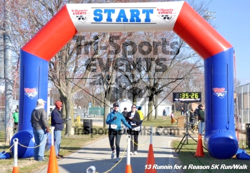 Runnin for a Reason 5K Run/Walk<br><br><br><br><a href='http://www.trisportsevents.com/pics/13_Runnin_for_a_Reason_114.JPG' download='13_Runnin_for_a_Reason_114.JPG'>Click here to download.</a><Br><a href='http://www.facebook.com/sharer.php?u=http:%2F%2Fwww.trisportsevents.com%2Fpics%2F13_Runnin_for_a_Reason_114.JPG&t=Runnin for a Reason 5K Run/Walk' target='_blank'><img src='images/fb_share.png' width='100'></a>