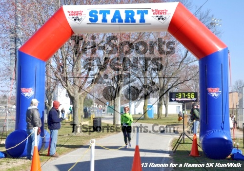Runnin for a Reason 5K Run/Walk<br><br><br><br><a href='http://www.trisportsevents.com/pics/13_Runnin_for_a_Reason_122.JPG' download='13_Runnin_for_a_Reason_122.JPG'>Click here to download.</a><Br><a href='http://www.facebook.com/sharer.php?u=http:%2F%2Fwww.trisportsevents.com%2Fpics%2F13_Runnin_for_a_Reason_122.JPG&t=Runnin for a Reason 5K Run/Walk' target='_blank'><img src='images/fb_share.png' width='100'></a>