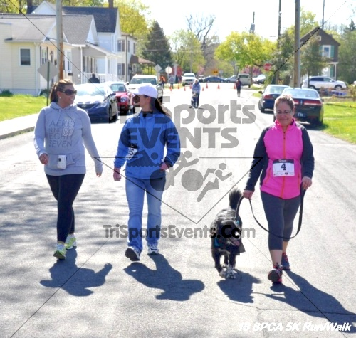 SPCA Scamper for Paws & Claws 5K Run/Walk<br><br><br><br><a href='https://www.trisportsevents.com/pics/13_SPCA_5K_214.JPG' download='13_SPCA_5K_214.JPG'>Click here to download.</a><Br><a href='http://www.facebook.com/sharer.php?u=http:%2F%2Fwww.trisportsevents.com%2Fpics%2F13_SPCA_5K_214.JPG&t=SPCA Scamper for Paws & Claws 5K Run/Walk' target='_blank'><img src='images/fb_share.png' width='100'></a>