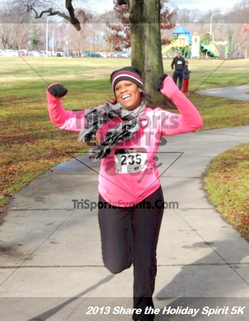 Share the Holiday Spirit 5K<br><br><br><br><a href='http://www.trisportsevents.com/pics/147.JPG' download='147.JPG'>Click here to download.</a><Br><a href='http://www.facebook.com/sharer.php?u=http:%2F%2Fwww.trisportsevents.com%2Fpics%2F147.JPG&t=Share the Holiday Spirit 5K' target='_blank'><img src='images/fb_share.png' width='100'></a>