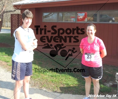 Arbor Day 5K - Adkins Arboretum<br><br><br><br><a href='http://www.trisportsevents.com/pics/14_Arbor_Day_5K_184.JPG' download='14_Arbor_Day_5K_184.JPG'>Click here to download.</a><Br><a href='http://www.facebook.com/sharer.php?u=http:%2F%2Fwww.trisportsevents.com%2Fpics%2F14_Arbor_Day_5K_184.JPG&t=Arbor Day 5K - Adkins Arboretum' target='_blank'><img src='images/fb_share.png' width='100'></a>