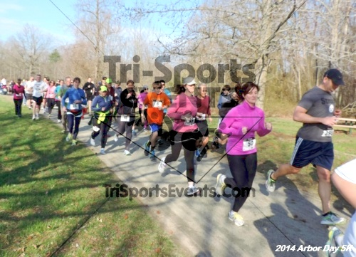 Arbor Day 5K - Adkins Arboretum<br><br><br><br><a href='https://www.trisportsevents.com/pics/14_Arbor_Day_5K_198.JPG' download='14_Arbor_Day_5K_198.JPG'>Click here to download.</a><Br><a href='http://www.facebook.com/sharer.php?u=http:%2F%2Fwww.trisportsevents.com%2Fpics%2F14_Arbor_Day_5K_198.JPG&t=Arbor Day 5K - Adkins Arboretum' target='_blank'><img src='images/fb_share.png' width='100'></a>