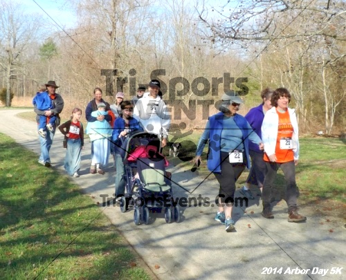 Arbor Day 5K - Adkins Arboretum<br><br><br><br><a href='https://www.trisportsevents.com/pics/14_Arbor_Day_5K_202.JPG' download='14_Arbor_Day_5K_202.JPG'>Click here to download.</a><Br><a href='http://www.facebook.com/sharer.php?u=http:%2F%2Fwww.trisportsevents.com%2Fpics%2F14_Arbor_Day_5K_202.JPG&t=Arbor Day 5K - Adkins Arboretum' target='_blank'><img src='images/fb_share.png' width='100'></a>