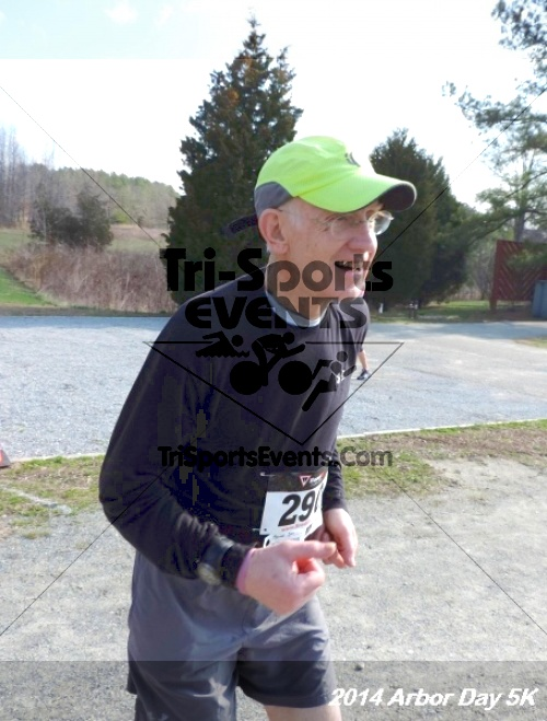Arbor Day 5K - Adkins Arboretum<br><br><br><br><a href='http://www.trisportsevents.com/pics/14_Arbor_Day_5K_255.JPG' download='14_Arbor_Day_5K_255.JPG'>Click here to download.</a><Br><a href='http://www.facebook.com/sharer.php?u=http:%2F%2Fwww.trisportsevents.com%2Fpics%2F14_Arbor_Day_5K_255.JPG&t=Arbor Day 5K - Adkins Arboretum' target='_blank'><img src='images/fb_share.png' width='100'></a>