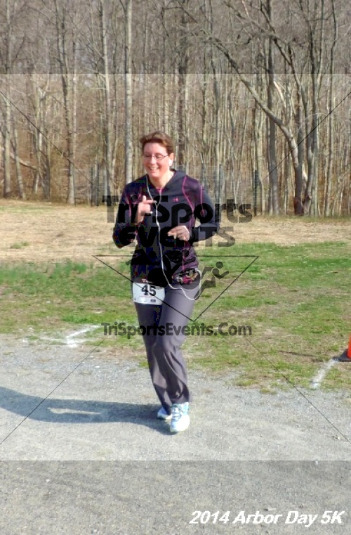 Arbor Day 5K - Adkins Arboretum<br><br><br><br><a href='http://www.trisportsevents.com/pics/14_Arbor_Day_5K_288.JPG' download='14_Arbor_Day_5K_288.JPG'>Click here to download.</a><Br><a href='http://www.facebook.com/sharer.php?u=http:%2F%2Fwww.trisportsevents.com%2Fpics%2F14_Arbor_Day_5K_288.JPG&t=Arbor Day 5K - Adkins Arboretum' target='_blank'><img src='images/fb_share.png' width='100'></a>