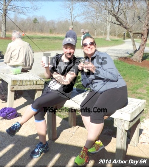 Arbor Day 5K - Adkins Arboretum<br><br><br><br><a href='https://www.trisportsevents.com/pics/14_Arbor_Day_5K_336.JPG' download='14_Arbor_Day_5K_336.JPG'>Click here to download.</a><Br><a href='http://www.facebook.com/sharer.php?u=http:%2F%2Fwww.trisportsevents.com%2Fpics%2F14_Arbor_Day_5K_336.JPG&t=Arbor Day 5K - Adkins Arboretum' target='_blank'><img src='images/fb_share.png' width='100'></a>