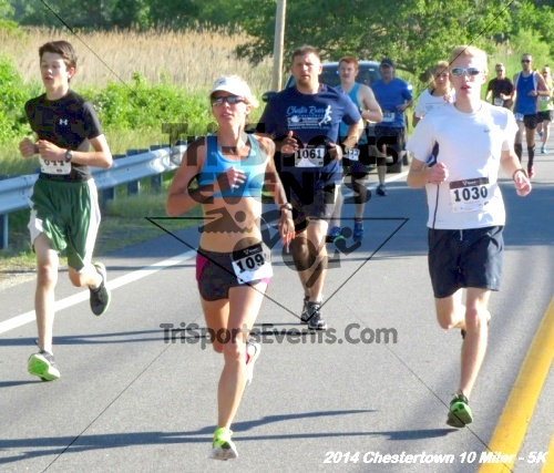 Chestertown Tea Party 5K & 10 Miler<br><br><br><br><a href='https://www.trisportsevents.com/pics/14_Chestertown_10_Miler-5K_019.JPG' download='14_Chestertown_10_Miler-5K_019.JPG'>Click here to download.</a><Br><a href='http://www.facebook.com/sharer.php?u=http:%2F%2Fwww.trisportsevents.com%2Fpics%2F14_Chestertown_10_Miler-5K_019.JPG&t=Chestertown Tea Party 5K & 10 Miler' target='_blank'><img src='images/fb_share.png' width='100'></a>