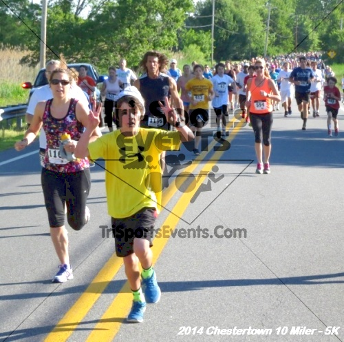 Chestertown Tea Party 5K & 10 Miler<br><br><br><br><a href='https://www.trisportsevents.com/pics/14_Chestertown_10_Miler-5K_026.JPG' download='14_Chestertown_10_Miler-5K_026.JPG'>Click here to download.</a><Br><a href='http://www.facebook.com/sharer.php?u=http:%2F%2Fwww.trisportsevents.com%2Fpics%2F14_Chestertown_10_Miler-5K_026.JPG&t=Chestertown Tea Party 5K & 10 Miler' target='_blank'><img src='images/fb_share.png' width='100'></a>