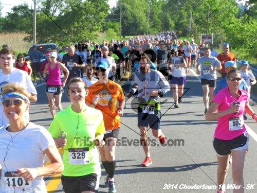 Chestertown Tea Party 5K & 10 Miler<br><br><br><br><a href='https://www.trisportsevents.com/pics/14_Chestertown_10_Miler-5K_050.JPG' download='14_Chestertown_10_Miler-5K_050.JPG'>Click here to download.</a><Br><a href='http://www.facebook.com/sharer.php?u=http:%2F%2Fwww.trisportsevents.com%2Fpics%2F14_Chestertown_10_Miler-5K_050.JPG&t=Chestertown Tea Party 5K & 10 Miler' target='_blank'><img src='images/fb_share.png' width='100'></a>