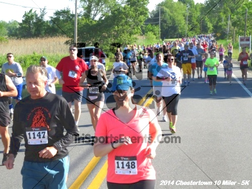 Chestertown Tea Party 5K & 10 Miler<br><br><br><br><a href='https://www.trisportsevents.com/pics/14_Chestertown_10_Miler-5K_066.JPG' download='14_Chestertown_10_Miler-5K_066.JPG'>Click here to download.</a><Br><a href='http://www.facebook.com/sharer.php?u=http:%2F%2Fwww.trisportsevents.com%2Fpics%2F14_Chestertown_10_Miler-5K_066.JPG&t=Chestertown Tea Party 5K & 10 Miler' target='_blank'><img src='images/fb_share.png' width='100'></a>