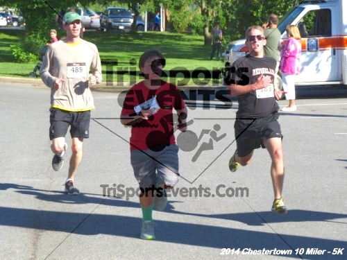 Chestertown Tea Party 5K & 10 Miler<br><br><br><br><a href='https://www.trisportsevents.com/pics/14_Chestertown_10_Miler-5K_166.JPG' download='14_Chestertown_10_Miler-5K_166.JPG'>Click here to download.</a><Br><a href='http://www.facebook.com/sharer.php?u=http:%2F%2Fwww.trisportsevents.com%2Fpics%2F14_Chestertown_10_Miler-5K_166.JPG&t=Chestertown Tea Party 5K & 10 Miler' target='_blank'><img src='images/fb_share.png' width='100'></a>