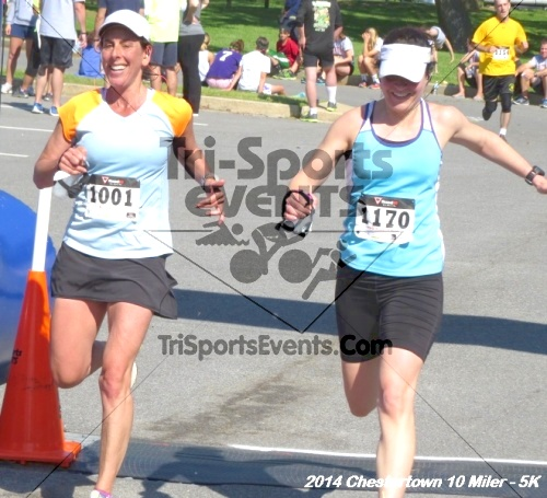 Chestertown Tea Party 5K & 10 Miler<br><br><br><br><a href='https://www.trisportsevents.com/pics/14_Chestertown_10_Miler-5K_387.JPG' download='14_Chestertown_10_Miler-5K_387.JPG'>Click here to download.</a><Br><a href='http://www.facebook.com/sharer.php?u=http:%2F%2Fwww.trisportsevents.com%2Fpics%2F14_Chestertown_10_Miler-5K_387.JPG&t=Chestertown Tea Party 5K & 10 Miler' target='_blank'><img src='images/fb_share.png' width='100'></a>