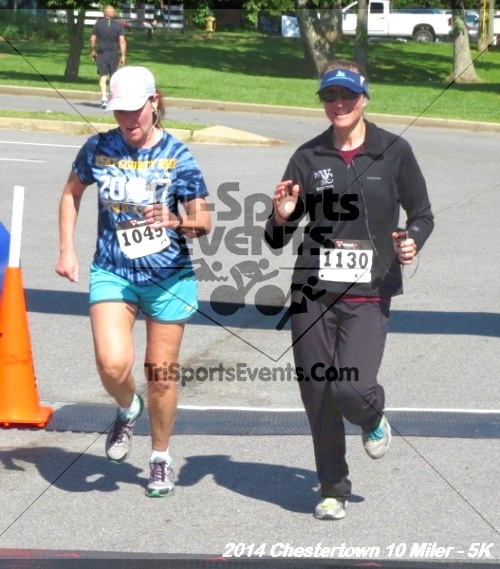 Chestertown Tea Party 5K & 10 Miler<br><br><br><br><a href='https://www.trisportsevents.com/pics/14_Chestertown_10_Miler-5K_452.JPG' download='14_Chestertown_10_Miler-5K_452.JPG'>Click here to download.</a><Br><a href='http://www.facebook.com/sharer.php?u=http:%2F%2Fwww.trisportsevents.com%2Fpics%2F14_Chestertown_10_Miler-5K_452.JPG&t=Chestertown Tea Party 5K & 10 Miler' target='_blank'><img src='images/fb_share.png' width='100'></a>