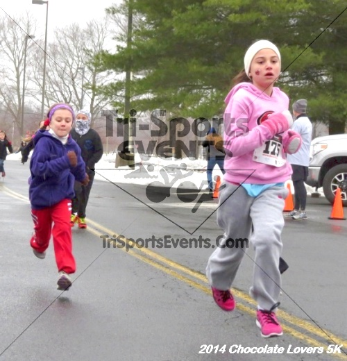 Chocolate Lovers 5K Run/Walk<br><br><br><br><a href='http://www.trisportsevents.com/pics/14_Chocolate_Lovers_5K_008.JPG' download='14_Chocolate_Lovers_5K_008.JPG'>Click here to download.</a><Br><a href='http://www.facebook.com/sharer.php?u=http:%2F%2Fwww.trisportsevents.com%2Fpics%2F14_Chocolate_Lovers_5K_008.JPG&t=Chocolate Lovers 5K Run/Walk' target='_blank'><img src='images/fb_share.png' width='100'></a>