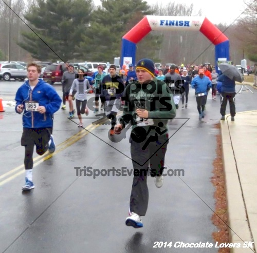 Chocolate Lovers 5K Run/Walk<br><br><br><br><a href='http://www.trisportsevents.com/pics/14_Chocolate_Lovers_5K_040.JPG' download='14_Chocolate_Lovers_5K_040.JPG'>Click here to download.</a><Br><a href='http://www.facebook.com/sharer.php?u=http:%2F%2Fwww.trisportsevents.com%2Fpics%2F14_Chocolate_Lovers_5K_040.JPG&t=Chocolate Lovers 5K Run/Walk' target='_blank'><img src='images/fb_share.png' width='100'></a>