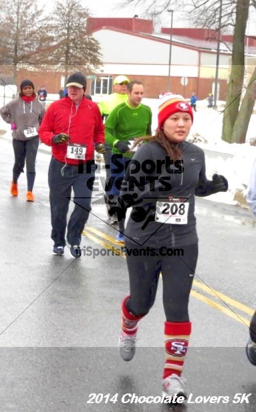Chocolate Lovers 5K Run/Walk<br><br><br><br><a href='http://www.trisportsevents.com/pics/14_Chocolate_Lovers_5K_262.JPG' download='14_Chocolate_Lovers_5K_262.JPG'>Click here to download.</a><Br><a href='http://www.facebook.com/sharer.php?u=http:%2F%2Fwww.trisportsevents.com%2Fpics%2F14_Chocolate_Lovers_5K_262.JPG&t=Chocolate Lovers 5K Run/Walk' target='_blank'><img src='images/fb_share.png' width='100'></a>