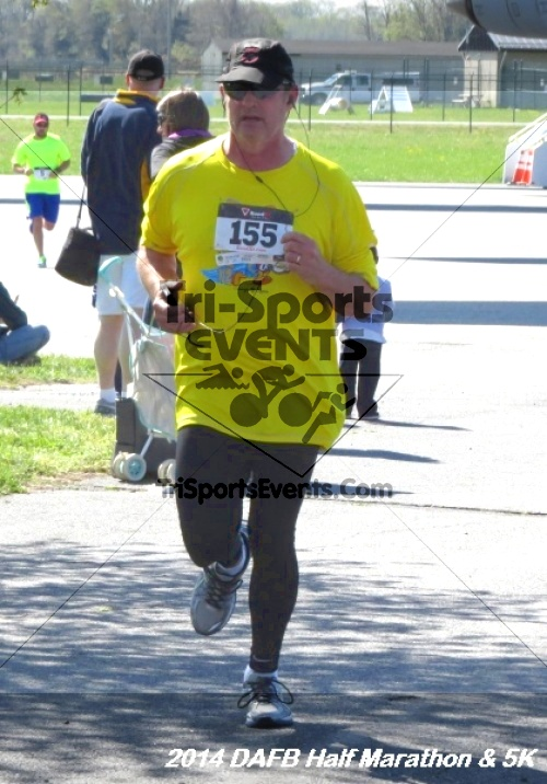Dover Air Force Base Heritage Half Marathon<br><br><br><br><a href='https://www.trisportsevents.com/pics/14_DAFB_Half_Marathon_&_5K_147.JPG' download='14_DAFB_Half_Marathon_&_5K_147.JPG'>Click here to download.</a><Br><a href='http://www.facebook.com/sharer.php?u=http:%2F%2Fwww.trisportsevents.com%2Fpics%2F14_DAFB_Half_Marathon_&_5K_147.JPG&t=Dover Air Force Base Heritage Half Marathon' target='_blank'><img src='images/fb_share.png' width='100'></a>