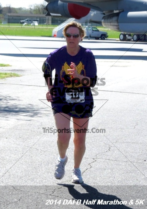 Dover Air Force Base Heritage Half Marathon<br><br><br><br><a href='http://www.trisportsevents.com/pics/14_DAFB_Half_Marathon_&_5K_262.JPG' download='14_DAFB_Half_Marathon_&_5K_262.JPG'>Click here to download.</a><Br><a href='http://www.facebook.com/sharer.php?u=http:%2F%2Fwww.trisportsevents.com%2Fpics%2F14_DAFB_Half_Marathon_&_5K_262.JPG&t=Dover Air Force Base Heritage Half Marathon' target='_blank'><img src='images/fb_share.png' width='100'></a>