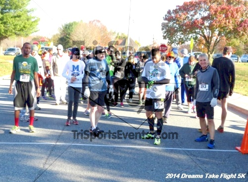 Dreams Take Flight 5K<br><br><br><br><a href='http://www.trisportsevents.com/pics/14_Dreams_Take_Flight_5K_003.JPG' download='14_Dreams_Take_Flight_5K_003.JPG'>Click here to download.</a><Br><a href='http://www.facebook.com/sharer.php?u=http:%2F%2Fwww.trisportsevents.com%2Fpics%2F14_Dreams_Take_Flight_5K_003.JPG&t=Dreams Take Flight 5K' target='_blank'><img src='images/fb_share.png' width='100'></a>