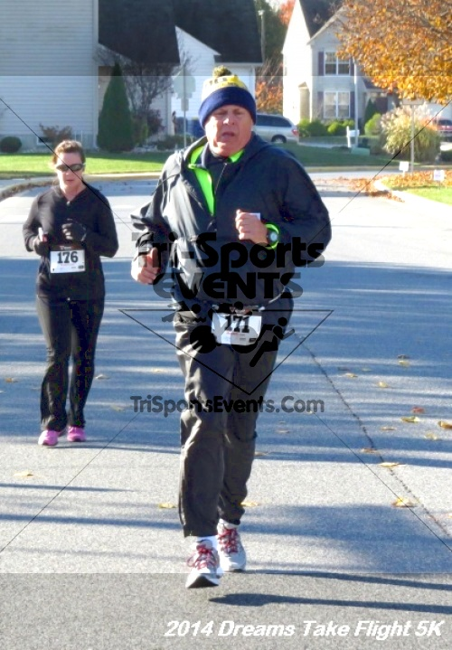 Dreams Take Flight 5K<br><br><br><br><a href='https://www.trisportsevents.com/pics/14_Dreams_Take_Flight_5K_074.JPG' download='14_Dreams_Take_Flight_5K_074.JPG'>Click here to download.</a><Br><a href='http://www.facebook.com/sharer.php?u=http:%2F%2Fwww.trisportsevents.com%2Fpics%2F14_Dreams_Take_Flight_5K_074.JPG&t=Dreams Take Flight 5K' target='_blank'><img src='images/fb_share.png' width='100'></a>