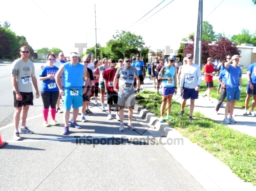 Honor Their Sacrific 5K Run/Walk<br><br><br><br><a href='http://www.trisportsevents.com/pics/14_Elks_5K_016.JPG' download='14_Elks_5K_016.JPG'>Click here to download.</a><Br><a href='http://www.facebook.com/sharer.php?u=http:%2F%2Fwww.trisportsevents.com%2Fpics%2F14_Elks_5K_016.JPG&t=Honor Their Sacrific 5K Run/Walk' target='_blank'><img src='images/fb_share.png' width='100'></a>