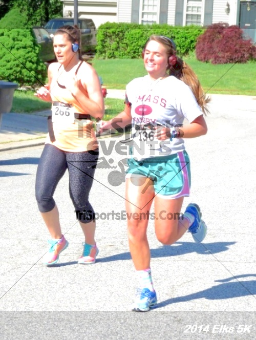 Honor Their Sacrific 5K Run/Walk<br><br><br><br><a href='http://www.trisportsevents.com/pics/14_Elks_5K_027.JPG' download='14_Elks_5K_027.JPG'>Click here to download.</a><Br><a href='http://www.facebook.com/sharer.php?u=http:%2F%2Fwww.trisportsevents.com%2Fpics%2F14_Elks_5K_027.JPG&t=Honor Their Sacrific 5K Run/Walk' target='_blank'><img src='images/fb_share.png' width='100'></a>