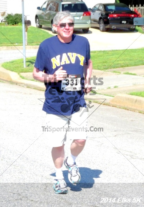 Honor Their Sacrific 5K Run/Walk<br><br><br><br><a href='http://www.trisportsevents.com/pics/14_Elks_5K_074.JPG' download='14_Elks_5K_074.JPG'>Click here to download.</a><Br><a href='http://www.facebook.com/sharer.php?u=http:%2F%2Fwww.trisportsevents.com%2Fpics%2F14_Elks_5K_074.JPG&t=Honor Their Sacrific 5K Run/Walk' target='_blank'><img src='images/fb_share.png' width='100'></a>