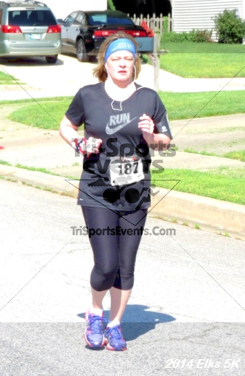 Honor Their Sacrific 5K Run/Walk<br><br><br><br><a href='https://www.trisportsevents.com/pics/14_Elks_5K_079.JPG' download='14_Elks_5K_079.JPG'>Click here to download.</a><Br><a href='http://www.facebook.com/sharer.php?u=http:%2F%2Fwww.trisportsevents.com%2Fpics%2F14_Elks_5K_079.JPG&t=Honor Their Sacrific 5K Run/Walk' target='_blank'><img src='images/fb_share.png' width='100'></a>