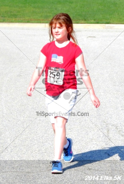 Honor Their Sacrific 5K Run/Walk<br><br><br><br><a href='https://www.trisportsevents.com/pics/14_Elks_5K_087.JPG' download='14_Elks_5K_087.JPG'>Click here to download.</a><Br><a href='http://www.facebook.com/sharer.php?u=http:%2F%2Fwww.trisportsevents.com%2Fpics%2F14_Elks_5K_087.JPG&t=Honor Their Sacrific 5K Run/Walk' target='_blank'><img src='images/fb_share.png' width='100'></a>