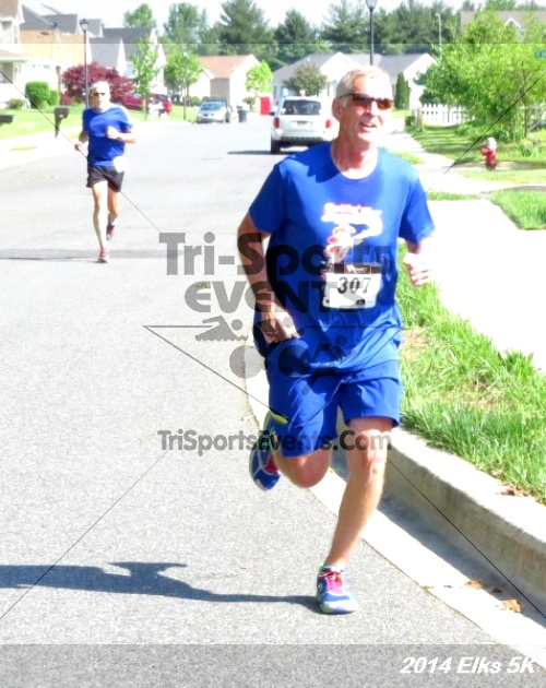 Honor Their Sacrific 5K Run/Walk<br><br><br><br><a href='http://www.trisportsevents.com/pics/14_Elks_5K_121.JPG' download='14_Elks_5K_121.JPG'>Click here to download.</a><Br><a href='http://www.facebook.com/sharer.php?u=http:%2F%2Fwww.trisportsevents.com%2Fpics%2F14_Elks_5K_121.JPG&t=Honor Their Sacrific 5K Run/Walk' target='_blank'><img src='images/fb_share.png' width='100'></a>