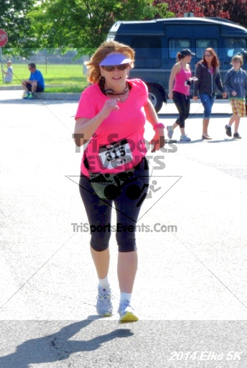 Honor Their Sacrific 5K Run/Walk<br><br><br><br><a href='http://www.trisportsevents.com/pics/14_Elks_5K_155.JPG' download='14_Elks_5K_155.JPG'>Click here to download.</a><Br><a href='http://www.facebook.com/sharer.php?u=http:%2F%2Fwww.trisportsevents.com%2Fpics%2F14_Elks_5K_155.JPG&t=Honor Their Sacrific 5K Run/Walk' target='_blank'><img src='images/fb_share.png' width='100'></a>